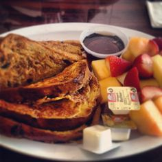 French Toast & Fruit breakfast