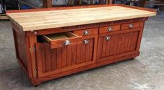American workbench - Enclosed Workbench