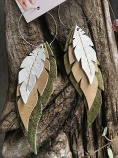 Supplies For Arts And Crafts Refferal: 2345040854 Diy Leather Feather Earrings, Feather Jewelry, Diy Jewelry, Beaded Jewelry, Handmade Jewelry, Jewelry Making, Jewlery, Dangly Earrings, Etsy Earrings