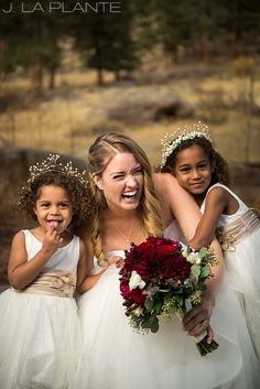 J. La Plante Photo | Estes Park Wedding Photographer | @dellaterramc Wedding | Fall Wedding | Funny Portrait of Bride with Flower Girls