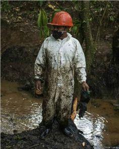 Perú: el difícil trabajo de limpiar un derrame de petróleo en la Amazonía - http://verdenoticias.org/index.php/blog-noticias-contaminacion/264-peru-el-dificil-trabajo-de-limpiar-un-derrame-de-petroleo-en-la-amazonia