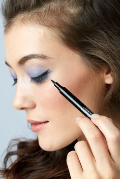 Bachelorette party makeup ideas to celebrate your last night out as a single woman.