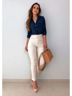 99 Fashionable Office Outfits and Work Attire for Women to Look Chic and Stylish – Lifestyle Scoops Business Casual Outfits For Work, Business Outfits Women, Stylish Work Outfits, Smart Casual Outfit, Spring Work Outfits, Work Casual, Classy Outfits, Business Attire, Women Business Casual