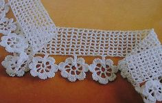 Crochet lace edging with diagram