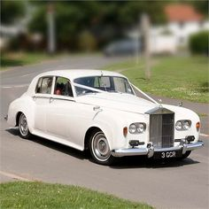Ivory Wedding Car