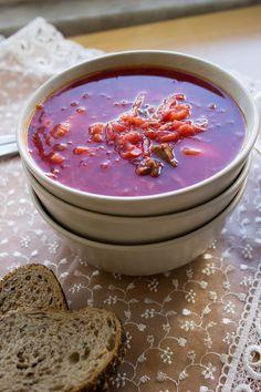 Burokėlių sriuba su džiovintais grybais - borscht with dried mushrooms
