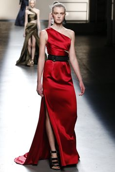 Woman in #Red. Fab #gown from Prabal Gurung RTW Fall 2013 - Slideshow - Runway, Fashion Week, Reviews and Slideshows - WWD.com