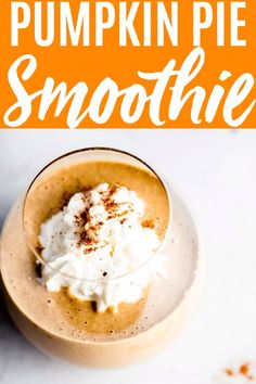 This Pumpkin Smoothie tastes just like pumpkin pie. A healthy blend of almond milk almond butter pumpkin & bananas make up this delicious smoothie. Who wouldn't want to wake up to this in the morning? Best Smoothie Recipes, Yummy Smoothies, Snack Recipes, Recipes Dinner, Healthy Recipes, Smoothies With Almond Milk, Healthy Pumpkin Pies, Pumpkin Recipes, Breakfast