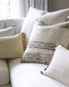 Throw pillows for bed when it comes to creating a beautiful color scheme its all about Beige Pillows, Throw Pillows Bed, Bed Throws, Throw Pillow Covers, Living Room Color Schemes, Blue Color Schemes, Shabby Chic Salon, Funny Pillows, Bathroom Red