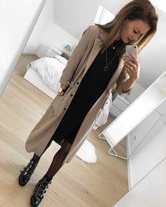"""2,213 Me gusta, 65 comentarios - FASHIONPUGLADY BY JAQUELINE (@fashionpuglady) en Instagram: """"Besser spät als nie 😂 hier noch mein Outfit von gestern 😅 Zeit es zu machen hatte ich👉🏻 aber zum…"""""""