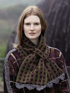 Ullswater Loop Scarf from Lakeland by Marie Wallin features 14 handknit designs for women and the home. It is a celebration of British heritage wear, the stunning Lakeland landscape and of British woollen yarns | English Yarns