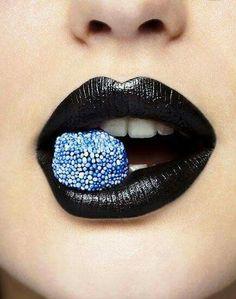 50 Beautiful and Natural Lipstick Shades For Fair Skin Ideas Lipstick Art, Lipstick Shades, Lip Art, Black Lipstick, Makeup Art, Lip Makeup, Fairy Makeup, Mermaid Makeup, Candy Lips
