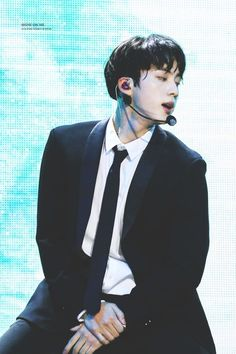 Min Yoongi, leader of the Bangtan Mafia learns his parents have passed away. But he is then left to care for his Step-Brother, Park Jimin. Seokjin, Namjin, K Pop, Beatles, Bts Twt, Les Bts, Mnet Asian Music Awards, Yoongi, Jhope