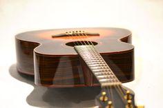 the Tool OM sunburst - Guitarpeople