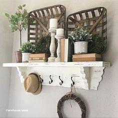 Baskets on wall, basket shelves, wall basket, farmhouse baskets, farmhouse Home Decor Baskets, Baskets On Wall, Diy Home Decor, Room Decor, Wall Basket, Basket Shelves, Basket Decoration, Bath Decor, Farmhouse Baskets