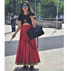 This very correct way to wear a ghagra. | 23 Street Style Photos That Prove India's Fashion Game Is On-Point
