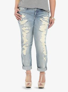 Holy awesome destruction! These light wash Torrid Premium Boyfriend Jeans top our must-have-for-spring list.