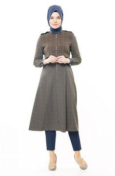 """Kayra Kap-Lacivert KA-A6-14142-11 Sitemize """"Kayra Kap-Lacivert KA-A6-14142-11"""" tesettür elbise eklenmiştir. https://www.yenitesetturmodelleri.com/yeni-tesettur-modelleri-kayra-kap-lacivert-ka-a6-14142-11/"""