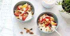 Bircher Muesli with walnuts and pepitas Healthy Dinner Recipes, Healthy Snacks, Breakfast Recipes, Vegetarian Recipes, Healthy Eating, Cooking Recipes, Breakfast Ideas, Healthy Breakfasts, Brunch Ideas