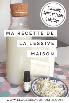 La lessive naturelle zéro-déchet : ma recette simple, efficace, écologique et pas chère ! Diy Hanging Shelves, Diy Wall Shelves, Floating Shelves Diy, Pot Mason Diy, Mason Jar Crafts, Mason Jars, Galaxy Bath Bombs, Tips & Tricks, Mason Jar Lighting
