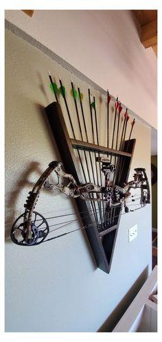 Archery Shop, Archery Tips, Archery For Kids, Archery Targets, Diy Archery Target, Compound Bow Accessories, Archery For Beginners, Bushcraft, Bow Target