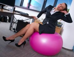 Balance Ball Chair - Ab Exercises At Your Desk While You Work