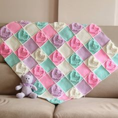 Babies need to be heated and loved and you can fill those needs with a handmade heart shaped blanket. Crochet Bobble Stitch Baby blankets usually take less time to make than a standard-size blanket, making it a Crochet Afghans, Crochet Heart Blanket, Bobble Crochet, Crochet Stitches Free, Crochet Blanket Patterns, Baby Patterns, Free Crochet, Crochet Blankets, Afghan Patterns