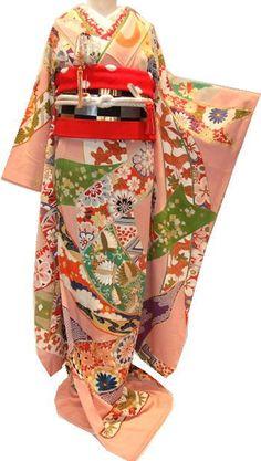 New coordinated wedding attire Kimono Japan, Japanese Kimono, Traditional Kimono, Traditional Dresses, Japanese Outfits, Japanese Fashion, Kimono Fashion, Love Fashion, Kimono Design