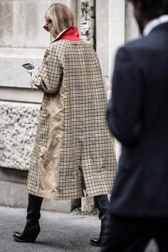 I saw today Winter Fashion Outfits, Fall Outfits, Autumn Fashion, Celine Coat, Chicago Outfit, Elisa Cavaletti, Casual Street Style, Diy Clothes, Coats For Women