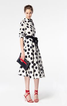 http://www.carolinaherrera.com/ch/es/collection/primavera-2016-mujer/look/30