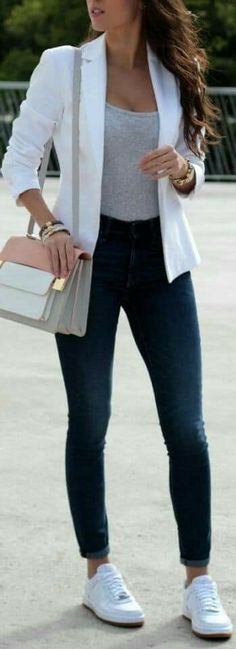 15 Cute Casual Chic Women's Blazer Outfits Spring Summer Ideas Casual Office Attire, Work Casual, Casual Chic, Casual Summer, Casual Ootd, Casual Winter, Office Outfits, Office Wear, Summer Office
