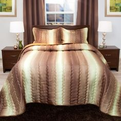 Luxurious, warm and fashionable, the Striped Metallic Bedspread Set from Lavish Home defines this bedroom ensemble. Wrap yourself in this soft bedspread that is perfect for keeping cool in warmer months. It will keep you warm in the cooler months too Full Comforter Sets, King Comforter, Bedding Sets, Windsor Homes, Urban Outfitters, Beige Bed Linen, White Bedding, Bed Spreads, Luxury Bedding