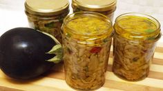 MELANZANE SOTT'OLIO ricetta tradizionale -  Eggplants in oil  traditiona... Easy Cake Recipes, Easy Dinner Recipes, Pickled Eggplant, Marinade Sauce, Pickle Jars, Spice Blends, Canning Recipes, Antipasto, Recipe Of The Day
