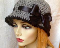 Mujer sombrero de carbón de leña gris Crochet por JadeExpressio