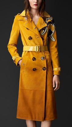Amarelo narciso Trench coat em camurça dégradé com motivo de abelha - Imagem 1
