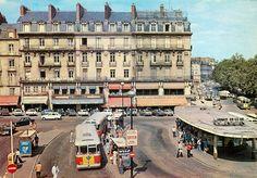 NANTES La place du Commerce en 1975