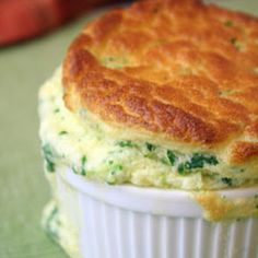 spinach souffle – great side dish for Easter brunch - Fashionable Pins Spinach Souffle, Corn Souffle, Cheese Souffle, Brunch Recipes, Breakfast Recipes, Easter Recipes, Breakfast Desayunos, Breakfast Souffle, Souffle Recipes