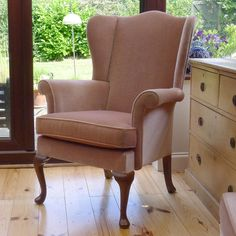 VINTAGE PARKER KNOLL WINGBACK ARMCHAIR IN SOFT SALMON PINK DRALON BEAUTIFUL