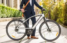 The Qulbix Raptor is a hot rod offroad electric bike. Electric Trike, Touch Of Gray, Bicycle, Offroad, Welding, Hot, Google Search, Urban Cycling, Off Road