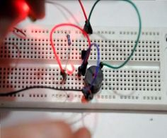 Extremely simple laser alarm circuit - A tutorial using only four components!