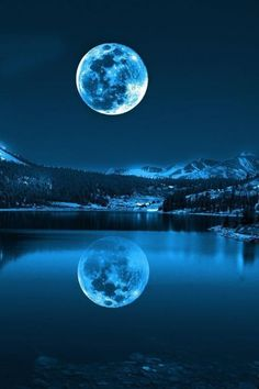 """How often does a full moon occur twice in a single month? Exactly once in a Blue Moon.The term """"Blue Moon"""" refers to the second Full Moon in a month. Pretty Pictures, Cool Photos, Beautiful Moon Pictures, Amazing Pictures, Shoot The Moon, Super Moon, Amazing Nature, Belle Photo, Night Skies"""