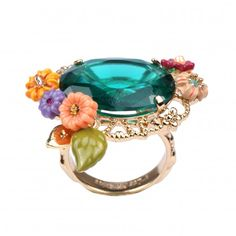 Cité Imaginaire ring with a pink stone