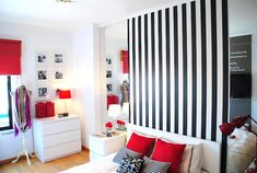 before & after: studio apartment Red Studio, Loft Studio, Home Bedroom, Bedroom Decor, Bedrooms, Decorating Small Spaces, Studio Apartment, Small Apartments, House Rooms