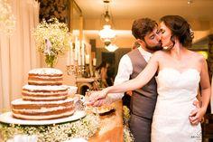 bolo de casamento; bolos de casamento; bolo; bolos; naked cake; nakedcake; noivos; corte do bolo