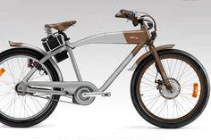 """MOTORRAD online - Die traditionsreiche italienische Motorradmarke Italjet produziert seit einiger Zeit auch E-Bikes. Nach Konkurs und Verkauf im Jahr 2002 möchte man sich unter anderem mit dem Bike """"Diablo"""" wieder am Markt etablieren. Das Diablo gehört in die Klasse der Pedelecs, bei denen der Motor nur bis 25 km/h unterstützt, so dass sie als Fahrräder gelten und ohne Helm gefahren werden dürfen. MOTORRAD-Fotograf Dave Schahl, der nebenberuflich auch E-Bikes vertreibt, präsentiert hier das…"""