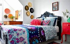 True chic... truly bohemian. And it's modern. And it's another bed! It's a stunning bedroom done by my last Painter in Residence @ildikoh67 . She makes bright and bold colours work by using lots of white throughout, and balancing the bright with the deep tones. The bed painted in Chalk Paint® in Aubusson Blue with a little Greek Blue to highlight the carved details. Side table painted in a mixture of Emperor's Silk, Scandinavian Pink and Pure. Clashing slightly and delightfully with the bed…