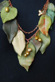 Leaves necklace made from polymer clay.