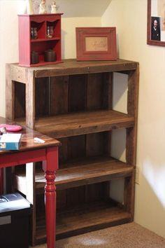 DIY Wood #Pallet #Bookshelf Tutorial | 99 Pallets