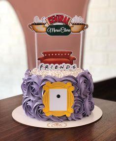 Friends Birthday Cake, Friends Cake, Cute Birthday Gift, Themed Birthday Cakes, 14th Birthday, Themed Cakes, Birthday Party Themes, Friends Tv, Pretty Cakes