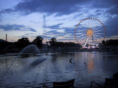La Tuilerie au crépuscule (taken in 2001):  I think the ferris wheel should stay there at Place de la Concorde.